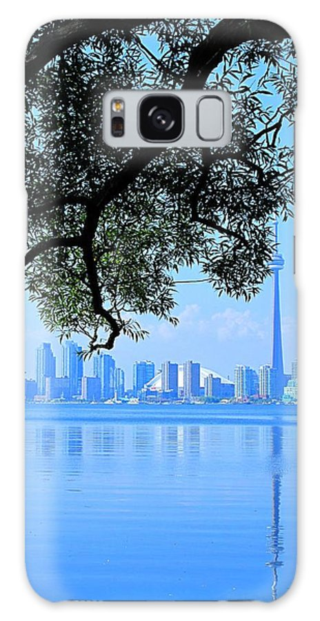Cn Tower Galaxy S8 Case featuring the photograph Toronto Framed by Ian MacDonald