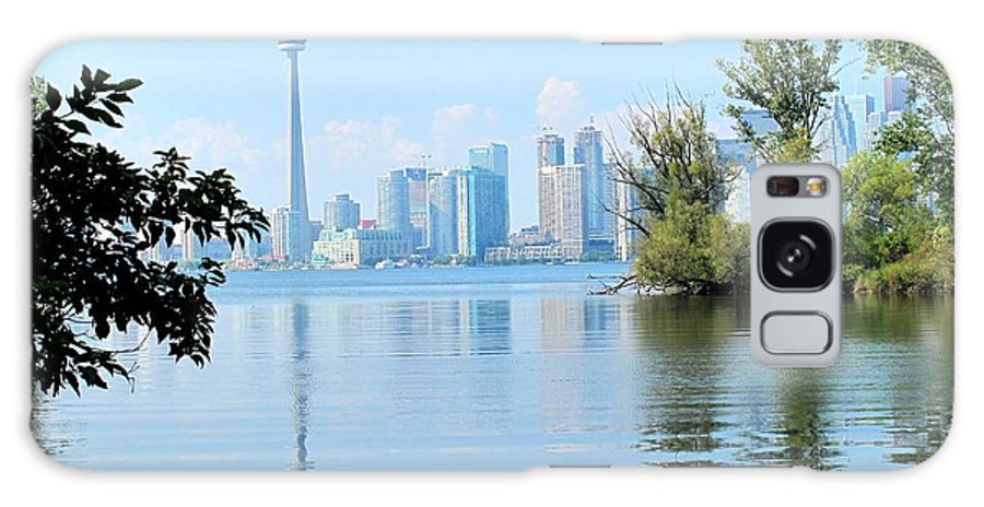 Toronto Galaxy S8 Case featuring the photograph Toronto From The Islands Park by Ian MacDonald