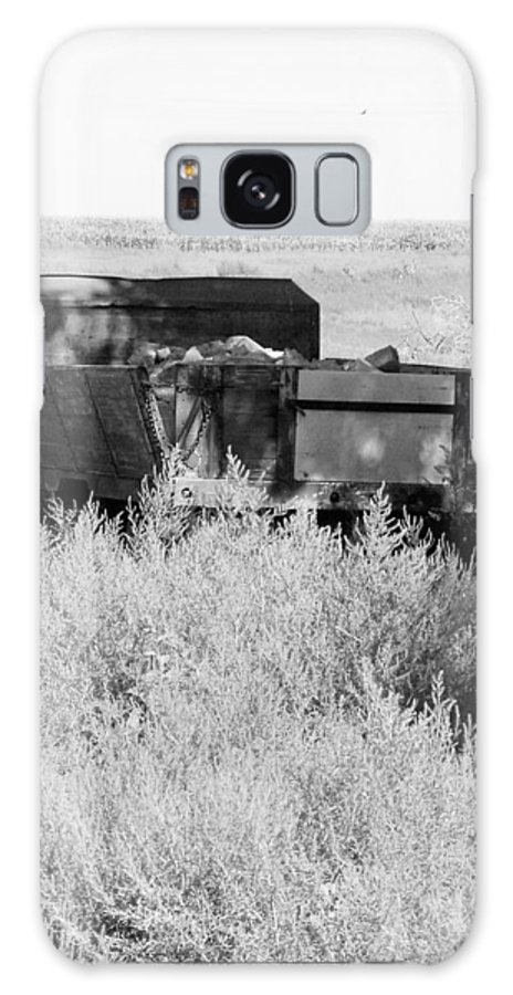 Farm Galaxy S8 Case featuring the photograph Trash Truck by Margaret Fortunato