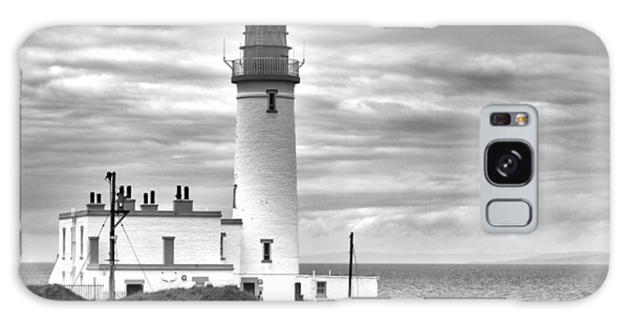 Lighthouse Galaxy S8 Case featuring the photograph Turnberry Lighthouse by Eunice Gibb