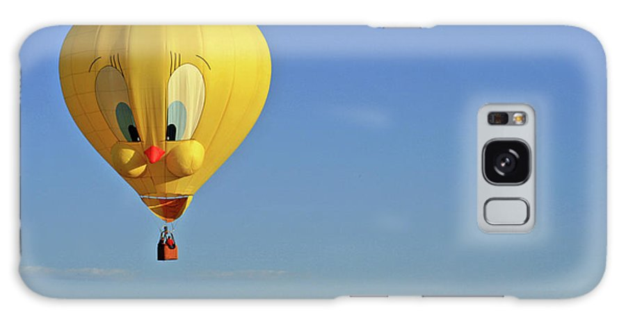 Balloon Galaxy S8 Case featuring the photograph Tweety Balloon by Scott Mahon