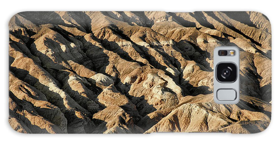 Death Valley National Park Galaxy S8 Case featuring the photograph Unearthly World - Death Valley's Badlands by Christine Till