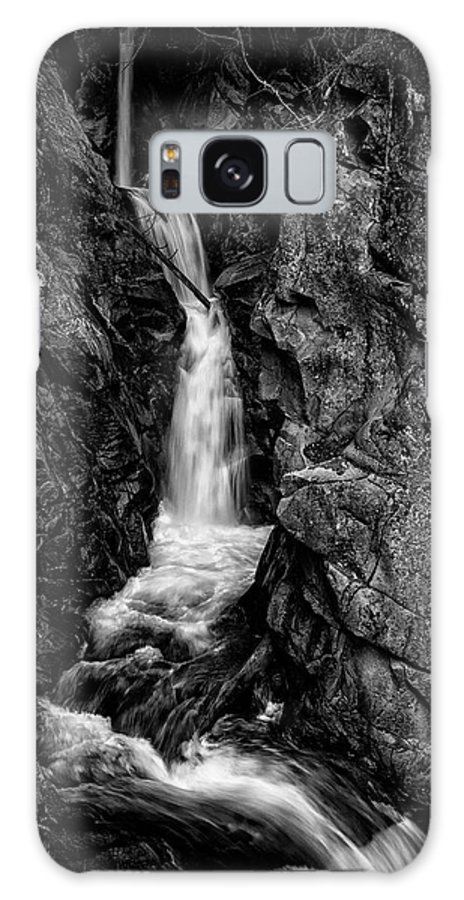 Mount Rainier National Park Galaxy S8 Case featuring the photograph Upper Christine Falls - Mount Rainier by Ed Thune