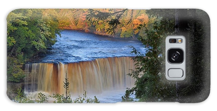 Tahquamenon Falls Galaxy S8 Case featuring the photograph Upper Tahquamenon Falls In October by Kathryn Lund Johnson