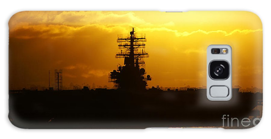 Uss Navy Galaxy S8 Case featuring the photograph Uss Ronald Reagan by Linda Shafer