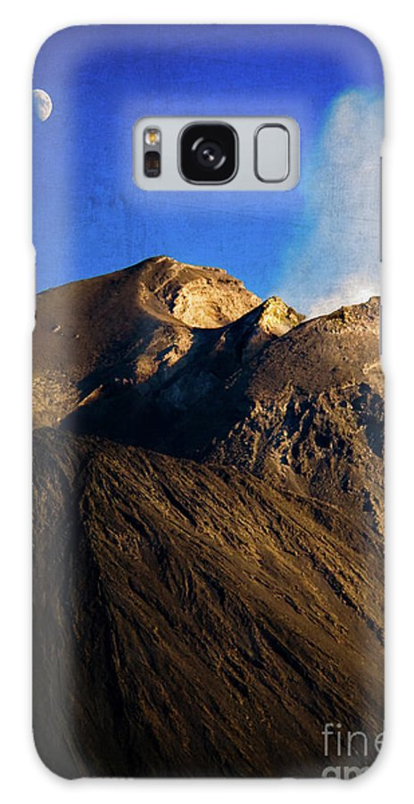 Vernazza Galaxy S8 Case featuring the photograph Vernazza On Fire by Doug Sturgess