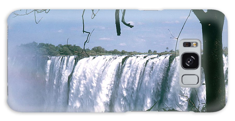 Nature Galaxy S8 Case featuring the photograph Victoria Falls by Photo Researchers Inc