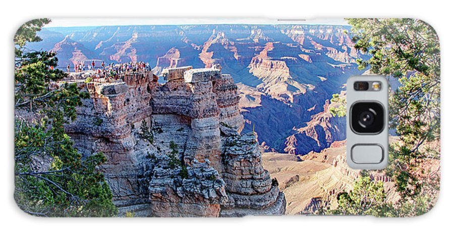 Grand Canyon National Park Galaxy S8 Case featuring the photograph Visitors Dwarfed By Grand Canyon Vista by A Gurmankin