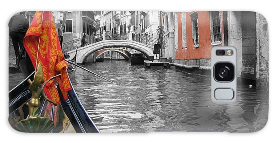 Cityscape Galaxy S8 Case featuring the photograph Voyage Of Venice by Dylan Punke