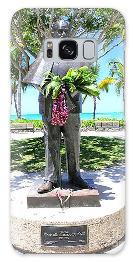 Statue Galaxy S8 Case featuring the photograph Waikiki Statue - Prince Kuhio by Mary Deal