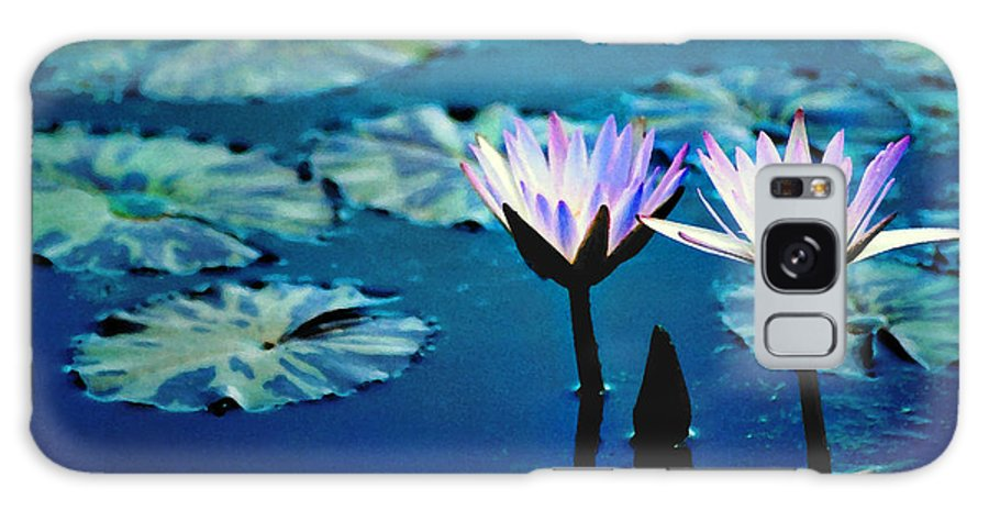 Waterscape Galaxy S8 Case featuring the photograph Water Glow by Steve Karol