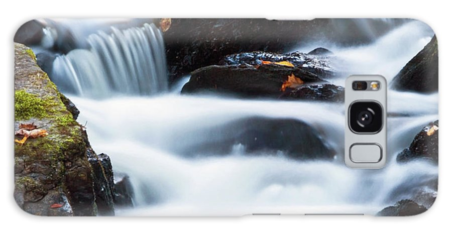 Waterfall Galaxy S8 Case featuring the photograph Water Like Mist by David Freuthal