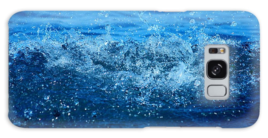 Bathroom Design Galaxy S8 Case featuring the photograph Waves by Heike Hultsch