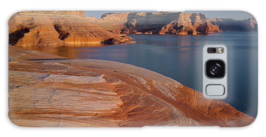 Lake Powell Galaxy S8 Case featuring the photograph Weathering Pit Ridge Sunset by Tom Daniel