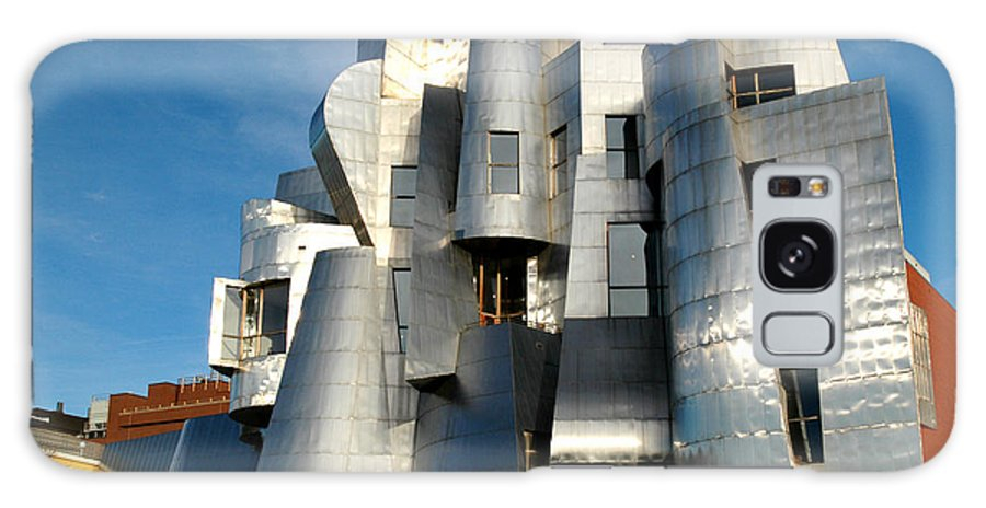Museum Galaxy S8 Case featuring the photograph Weisman Art Museum by Kathy Schumann