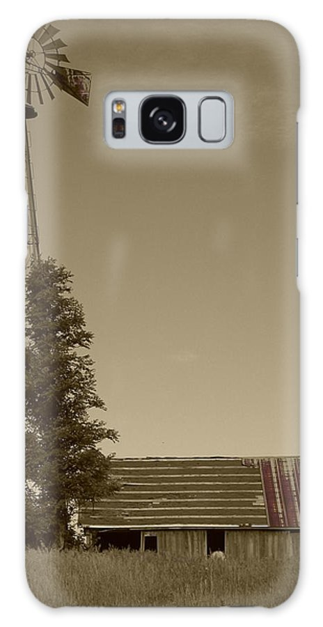 Landscape Galaxy S8 Case featuring the photograph Windmill II by Dylan Punke
