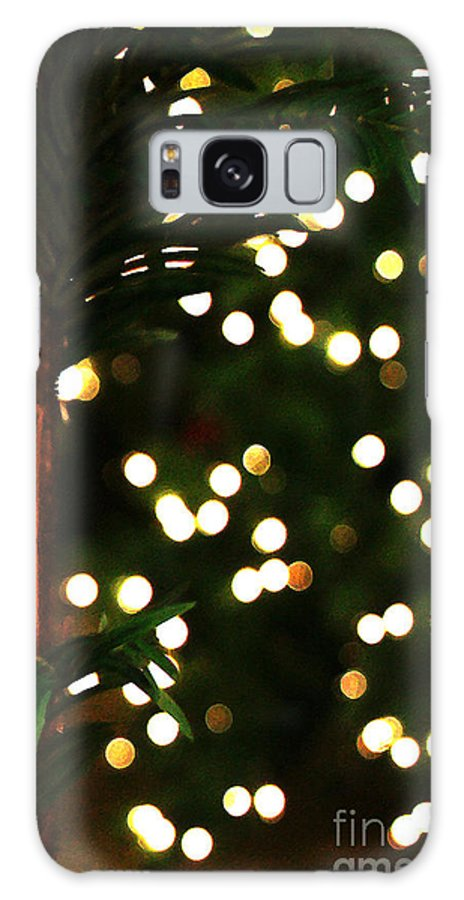 Winter Galaxy S8 Case featuring the photograph Winter Palm by Linda Shafer