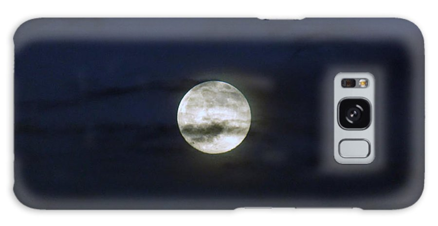 Moon Galaxy S8 Case featuring the photograph Wisps And A Full Moon by William Tasker