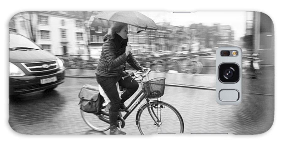 Woman Riding In The Raing Galaxy S8 Case featuring the photograph Woman Riding In The Raing by David Ortega Baglietto
