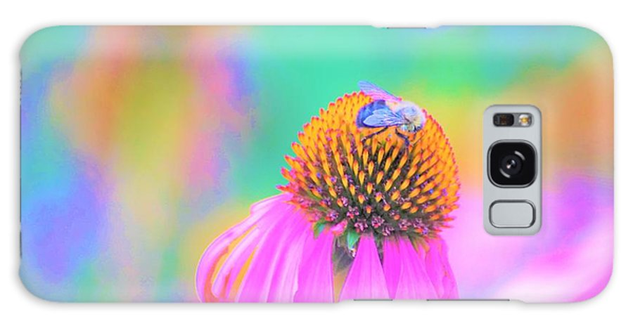 Flowers Galaxy S8 Case featuring the photograph Working It by Merle Grenz