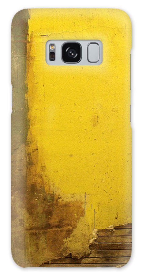 Yellow Galaxy S8 Case featuring the photograph Yellow Wall by Tim Nyberg