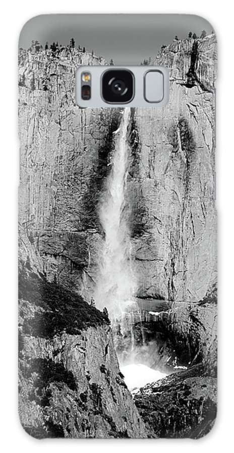 Yosemite Galaxy S8 Case featuring the photograph Yosemite Falls by Bonnie Bruno