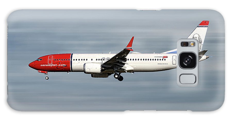 Norwegian Galaxy S8 Case featuring the mixed media Norwegian Boeing 737 Max 8 by Smart Aviation