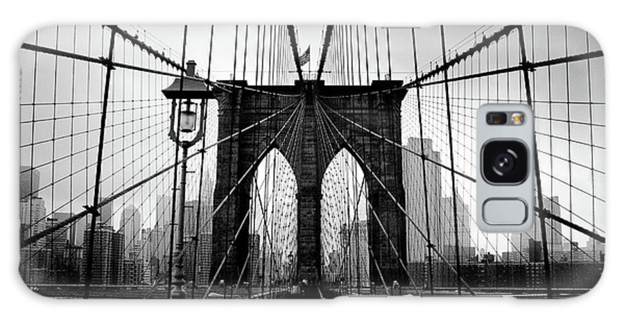 Clear Sky Galaxy Case featuring the photograph Brooklyn Bridge by Serhio.com Photography By Sergei Yahchybekov