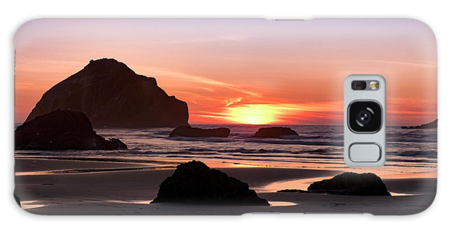 Bandon Beach Galaxy Case featuring the photograph Face Rock At Sunset by Jim Thompson