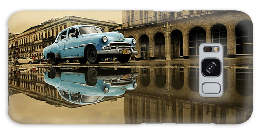 Arch Galaxy Case featuring the photograph Old Blue Car In Havana by 1001nights