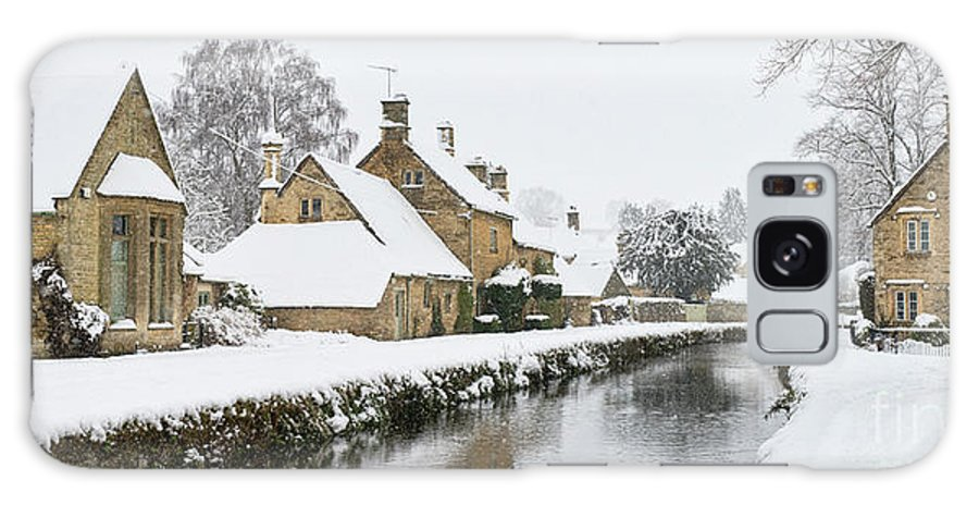 Lower Slaughter Galaxy S8 Case featuring the photograph Winter Snow In Lower Slaughter Village Panoramic by Tim Gainey
