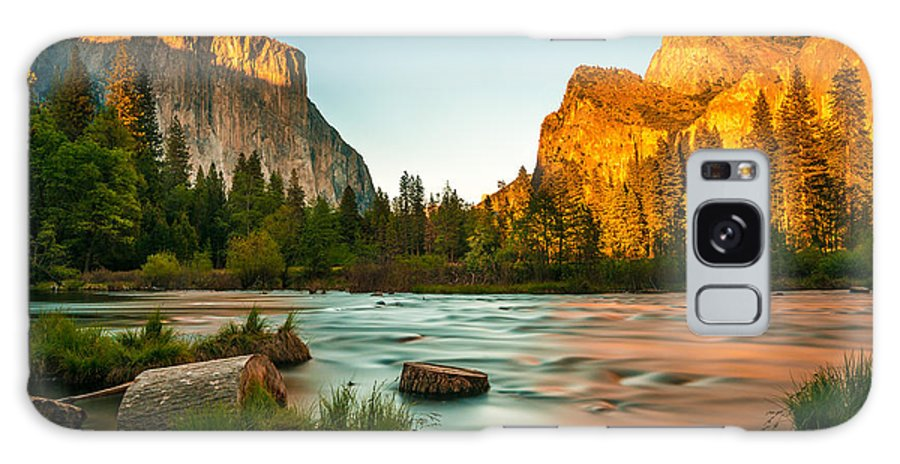 Sky Galaxy S8 Case featuring the photograph Yosemite Valley View Sunset by Mohamed Selim