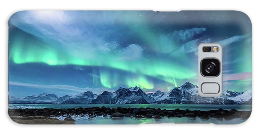 Moon Galaxy Case featuring the photograph When The Moon Shines by Tor-Ivar Naess