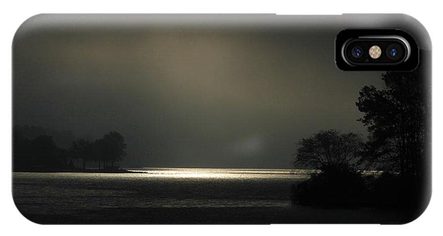 Reid Callaway Lake Oconee Black And White IPhone X Case featuring the photograph Sunrise Trying To Break Out Lake Oconee by Reid Callaway