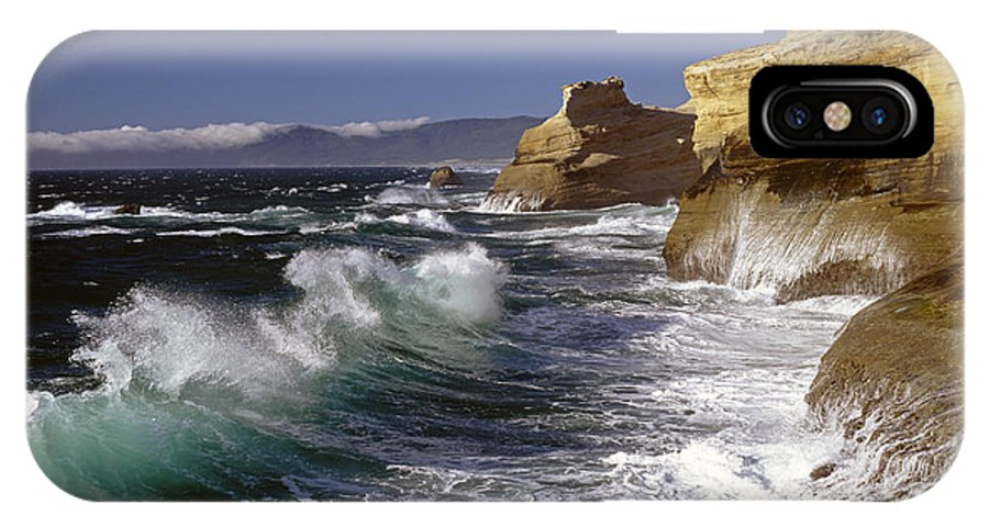 Pacific Northwest IPhone X Case featuring the photograph Cape Kiwanda With Breaking Waves by Jim Corwin