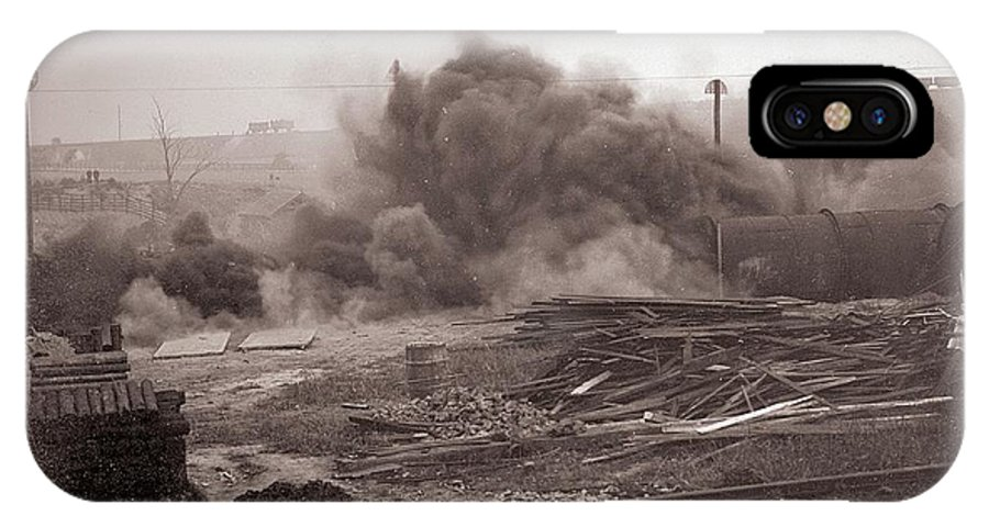 Explosion Gallery IPhone X Case featuring the photograph Coal Dust Explosion Experiment by Crown Copyright/health & Safety Laboratory Science Photo Library
