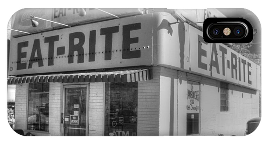 Eat Rite IPhone X / XS Case featuring the photograph Eat Rite Diner Route 66 by Jane Linders