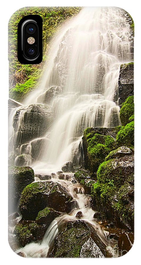 Fairy Falls IPhone X Case featuring the photograph Fairy Falls In The Columbia River Gorge Area Of Oregon by Jamie Pham