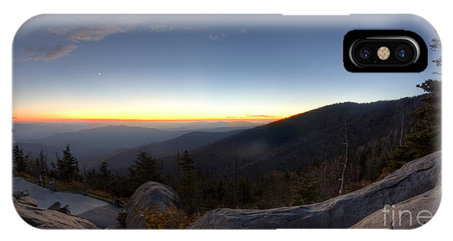 Great Smokie Mountains National Park Sunset IPhone X Case featuring the photograph Great Smokie Mountains National Park Sunset by Dustin K Ryan