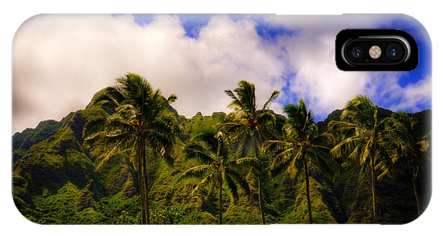 Koolau Mountains IPhone X Case featuring the photograph Koolau Mountains by Kelly Wade
