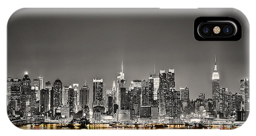 Water Photographs Mixed Media Mixed Media IPhone X Case featuring the mixed media New York Skyline by Marvin Blaine