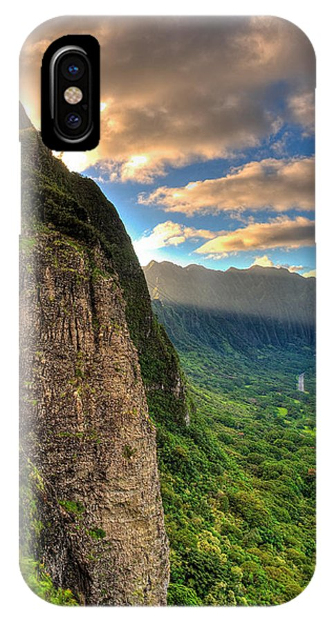 Oahu IPhone X Case featuring the photograph Oahu Paradise by Les Lorek