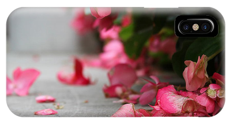 Flower IPhone X Case featuring the photograph Pretty In Pink by Melissa Leda