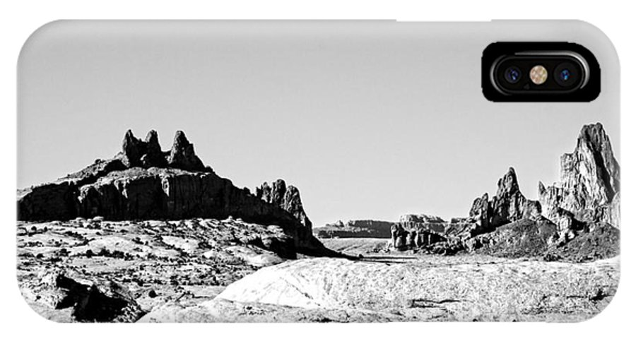 Monument Valley IPhone X Case featuring the photograph Rock Formations by Douglas Barnard