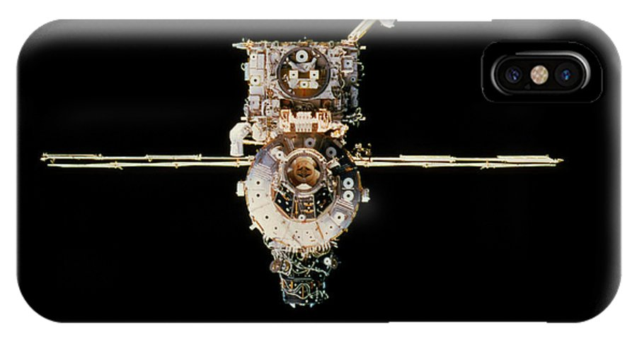 International Space Station IPhone X Case featuring the photograph International Space Station by Nasa/science Photo Library