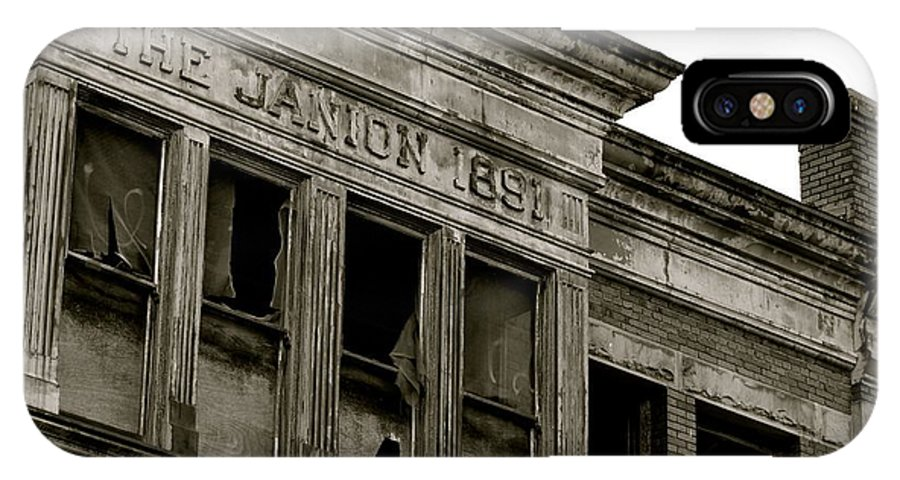 Abandoned Building IPhone X Case featuring the photograph 1891 by Stephanie Bland