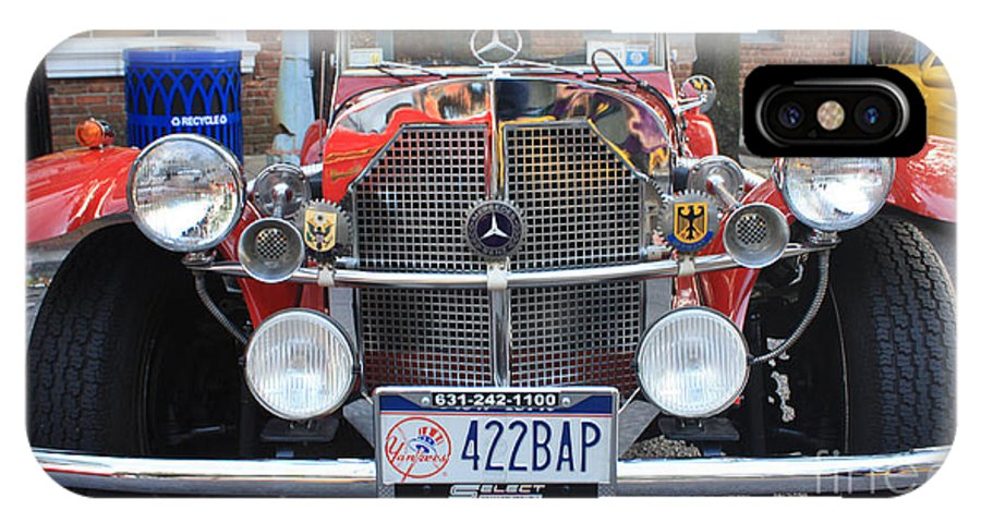 1929 Mercedes Benz Front Grill IPhone X Case featuring the photograph 1929 Mercedes Benz Front Grill by John Telfer