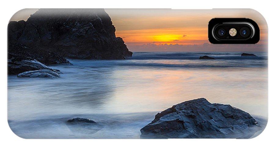 Beach IPhone X Case featuring the photograph Bedruthan Steps by Sebastian Wasek