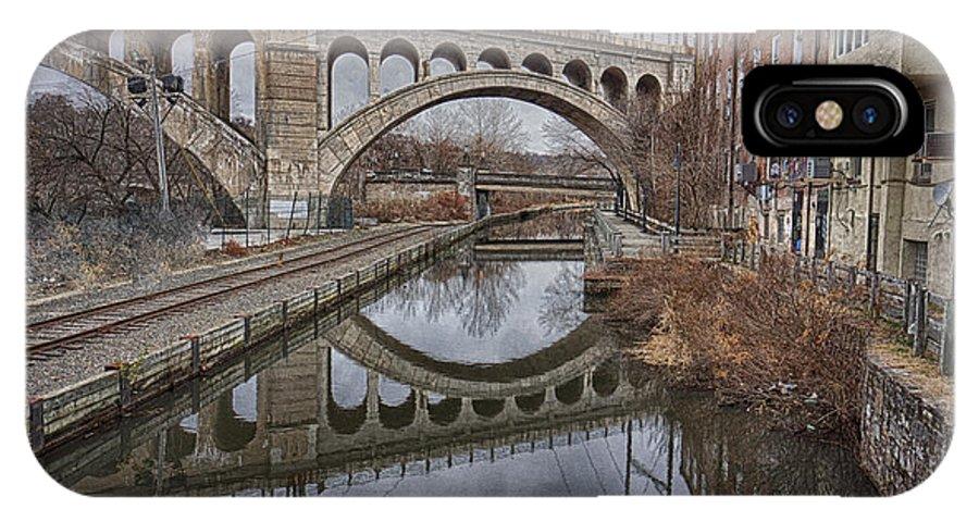 Manayunk Bridge IPhone X Case featuring the photograph Manayunk Bridge by Jack Paolini