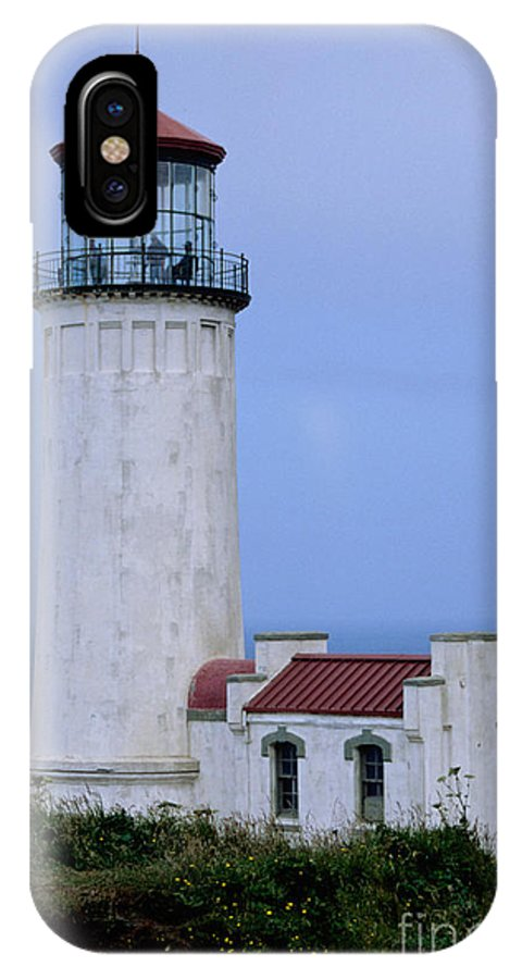 North Head Light IPhone X Case featuring the photograph North Head Light by Sharon Elliott